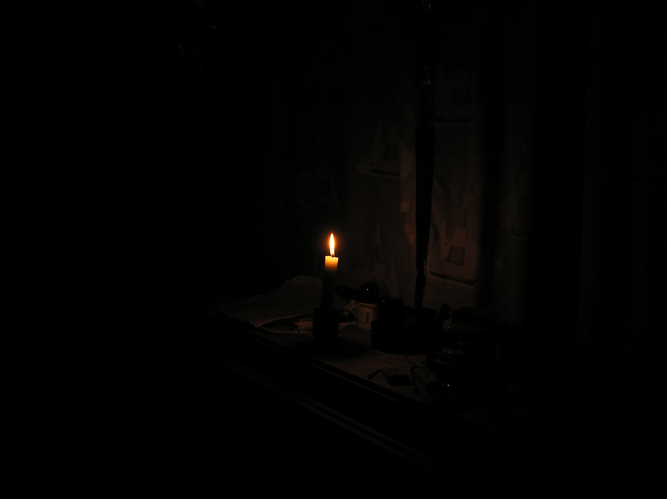 Dark room with candle light - Dark Room With Candle Light 5